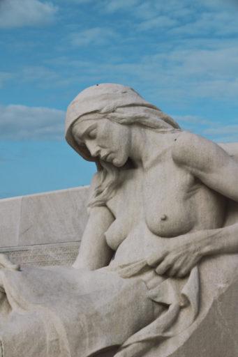 vimy statue