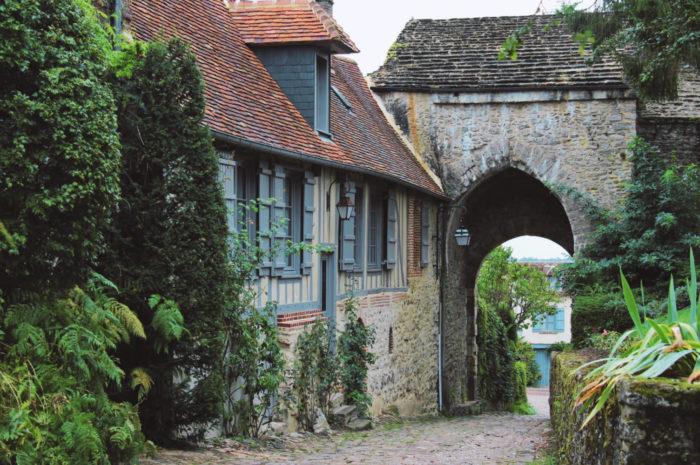 Gerberoy : l'un des plus beaux villages de France se trouve en Picardie !