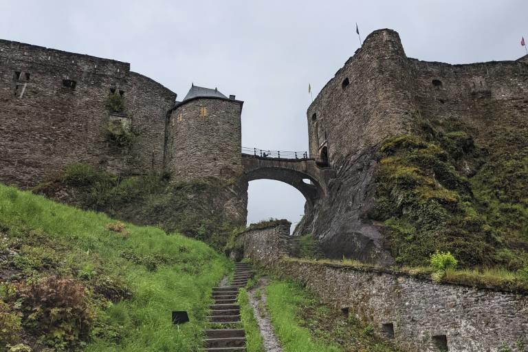 chateau fort belgique